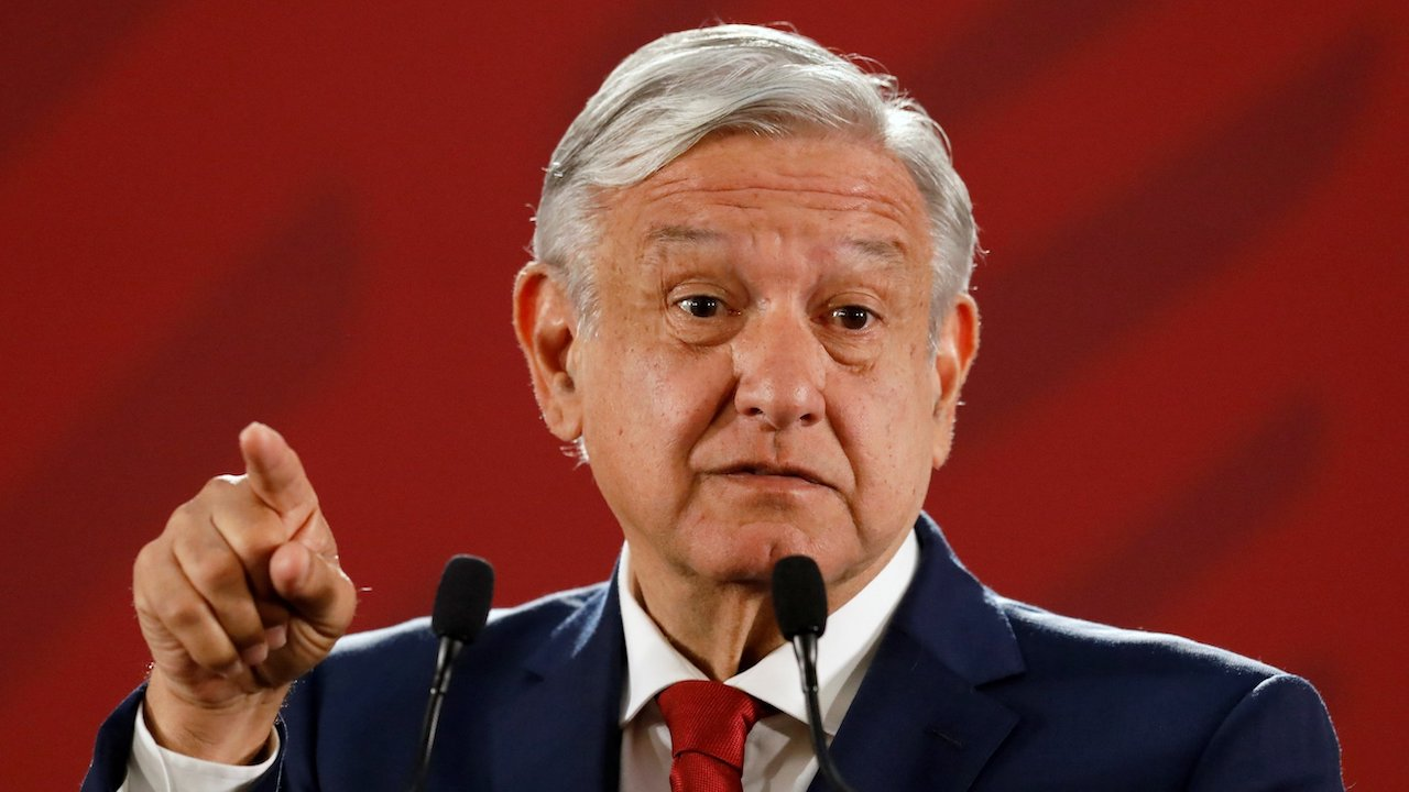 AMLO refuses to wear face masks